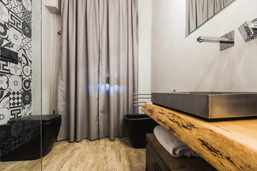 mobile bagno stile industriale