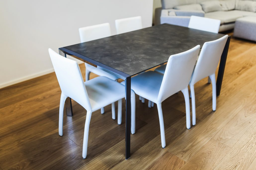 tavolo pranzo moderno stile industriale