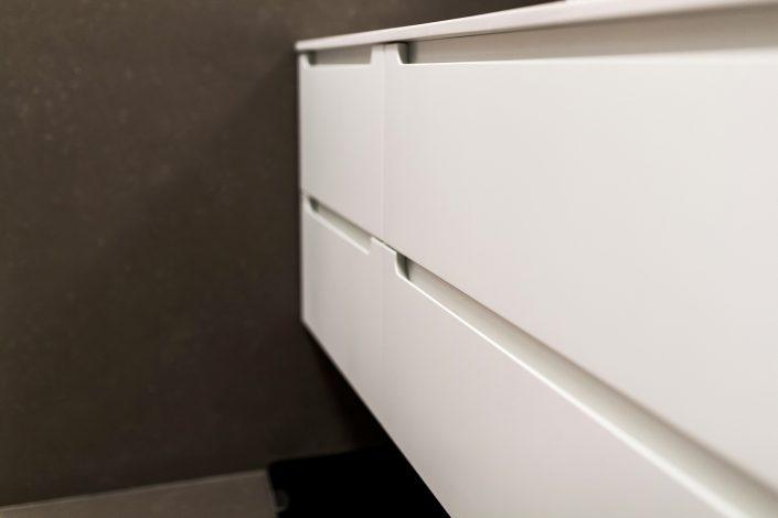 cassettiera sospesa bagno