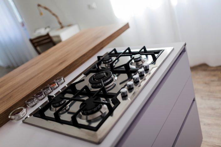 piano cottura a gas penisola cucina