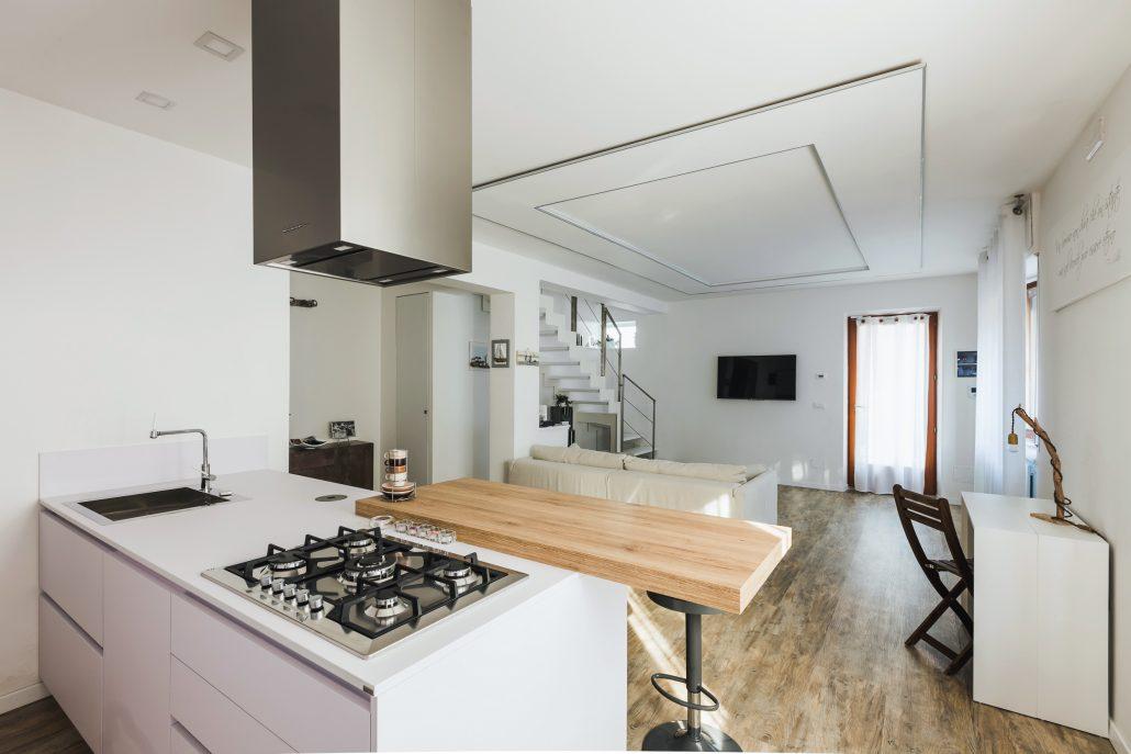 penisola cucina con bancone integrato