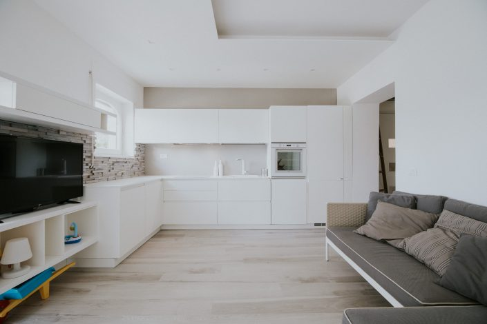 cucina ad angolo total white