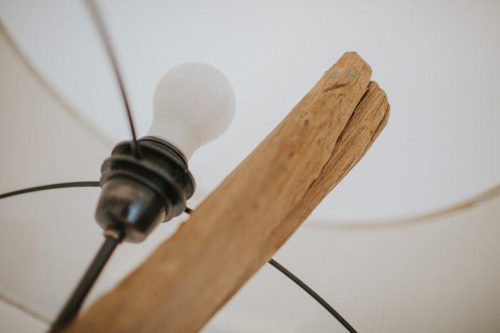 lampada design legno grezzo