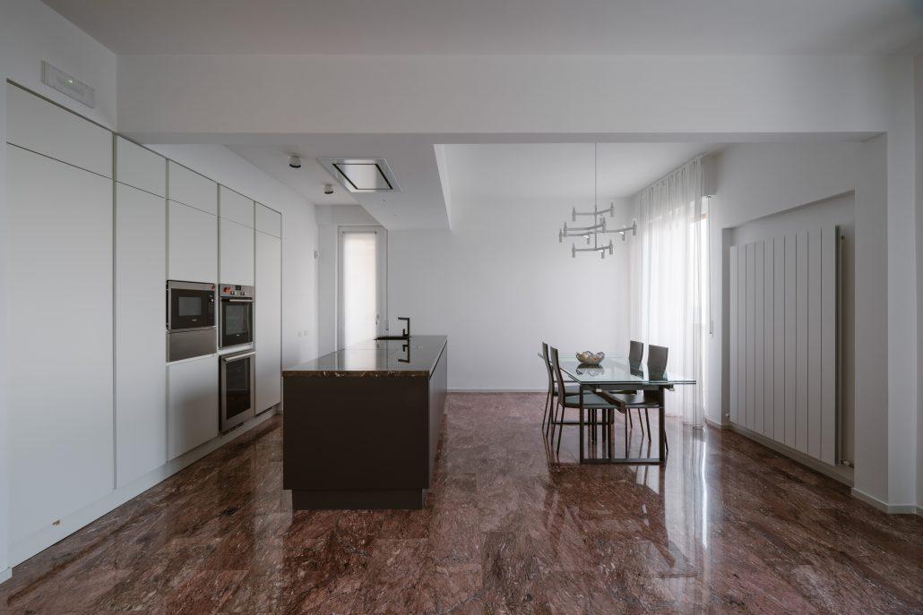 arredare cucina ampia design