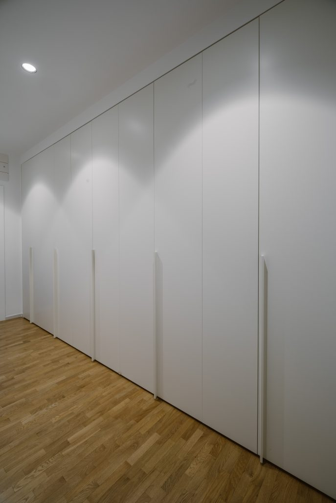 armadi ante a battenti parete intera