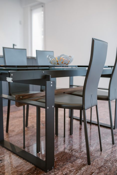 tavolo design stile industriale