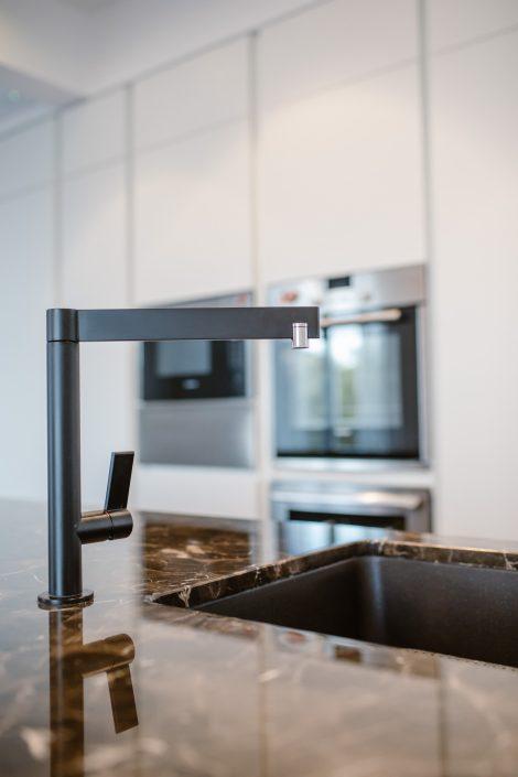 rubinetto design isola cucina