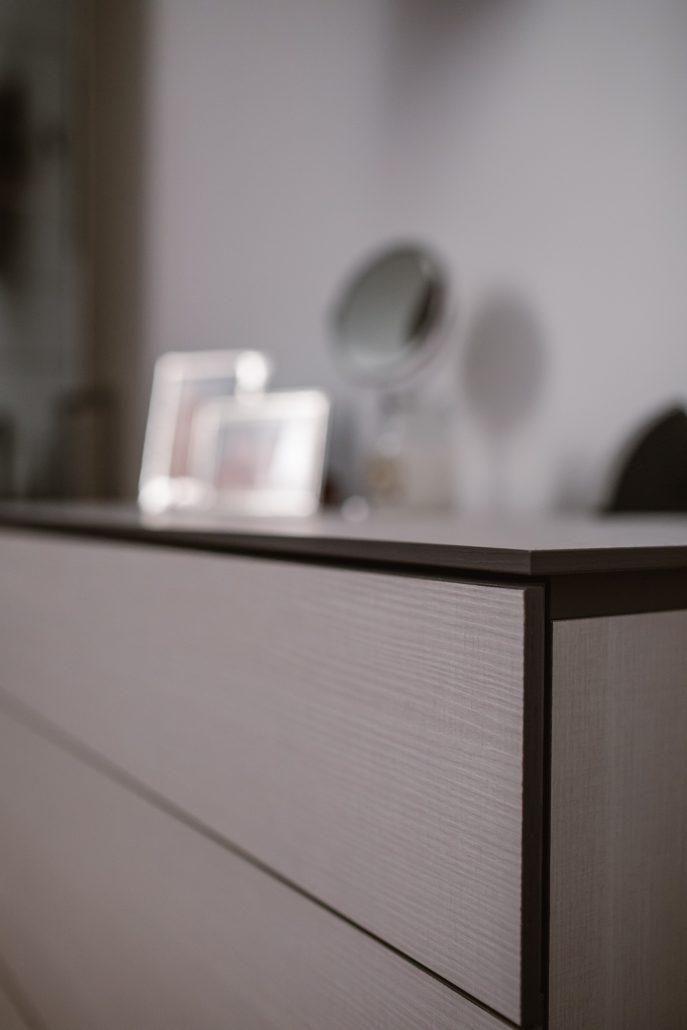 cassettiera legno moderna