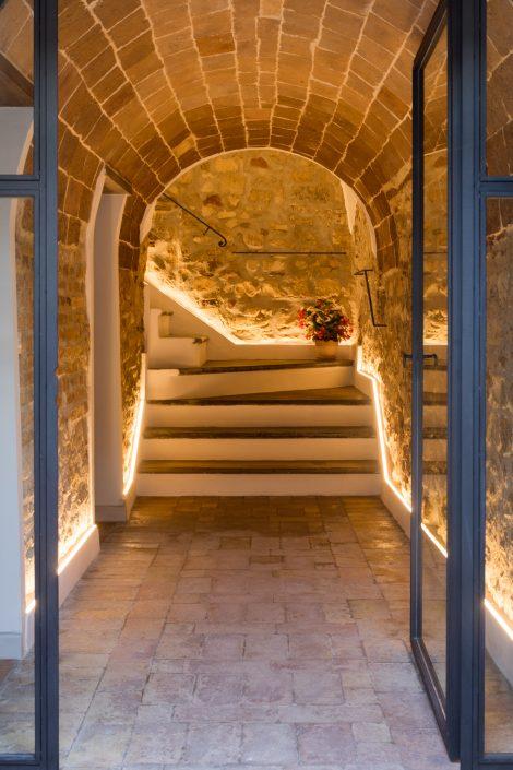 ristrutturare scale in pietra naturale
