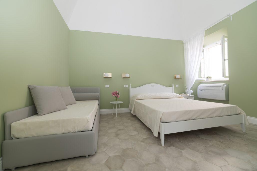 camera da letto tonalità pastello