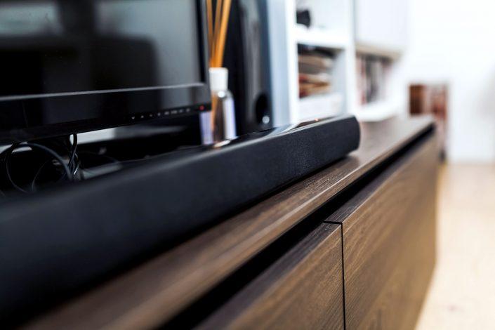mobile tv legno con cassetti