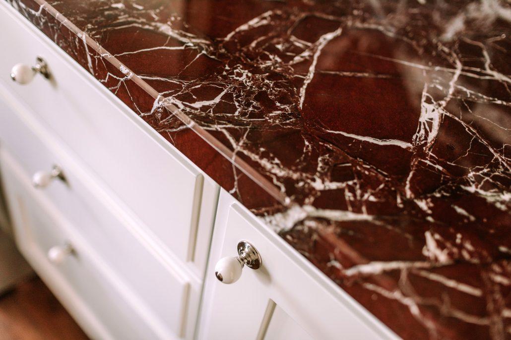 piano cucina marmo rosso levanto
