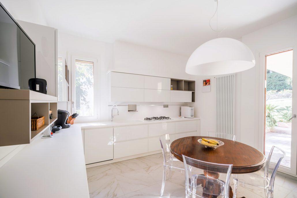 arredo cucina bianco moderno