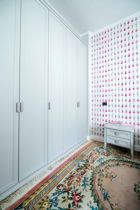 armadio ad ante legno bianco