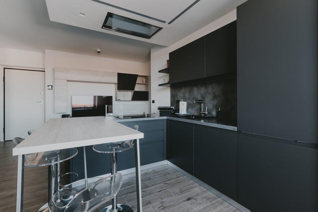 mobili cucina nero opaco