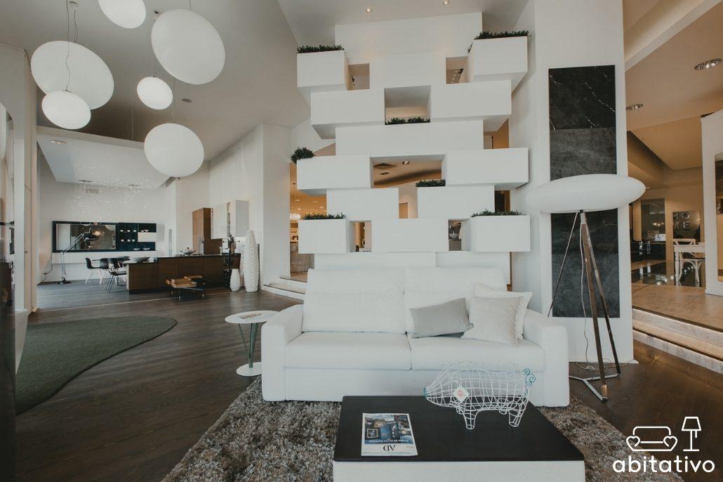 Separare una stanza creando un giardino verticale in casa