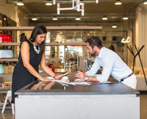 L 39 aquila design negozio di arredamenti l 39 aquila abitativo for Arredamenti giulia l aquila