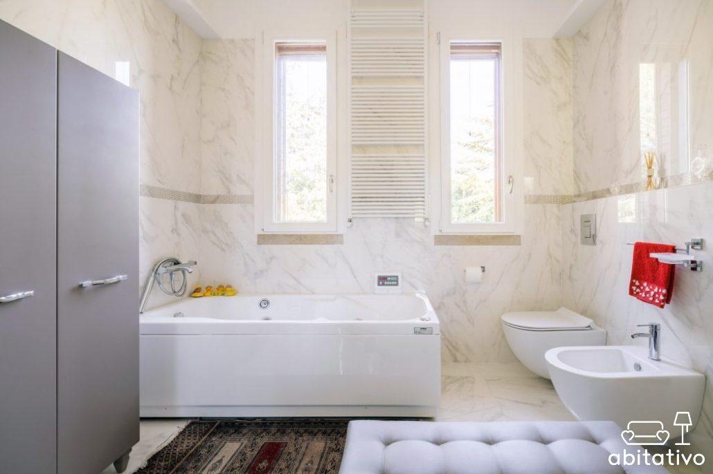 arredare il bagno quanto costa