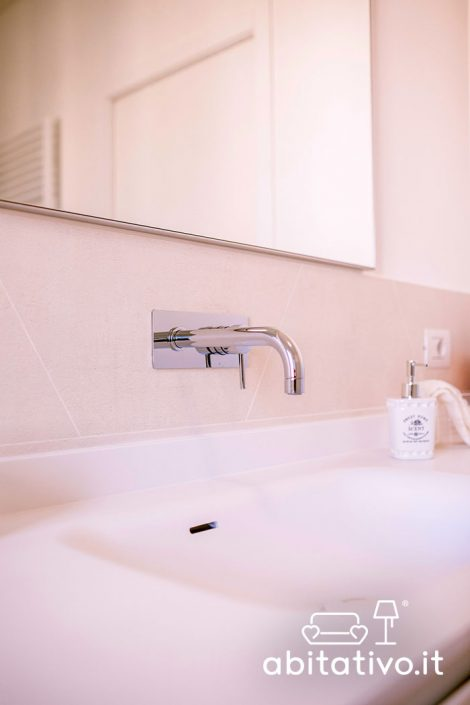 rubinetto a parete design