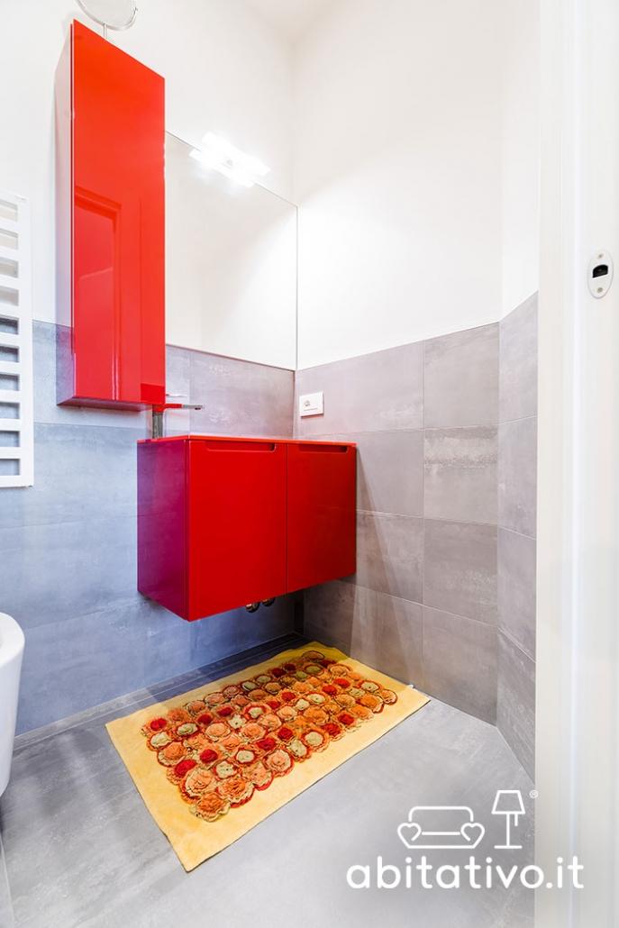 mobile bagno rosso lucido