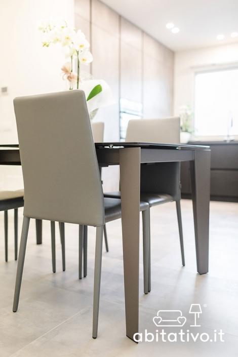 set tavolo e sedie design