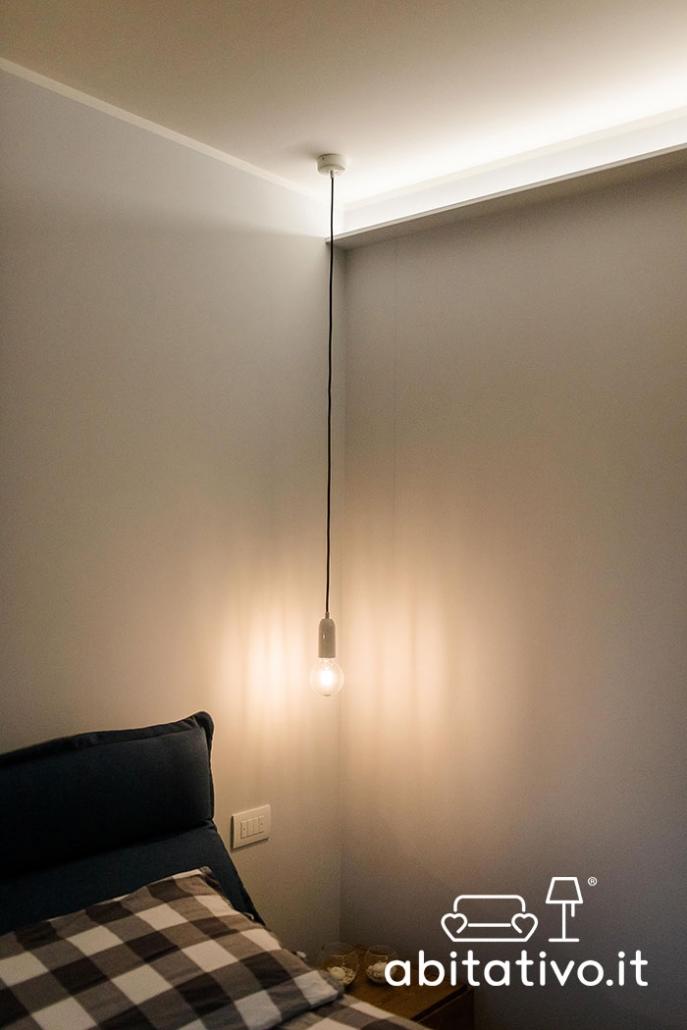 lampada sospensione filo lungo