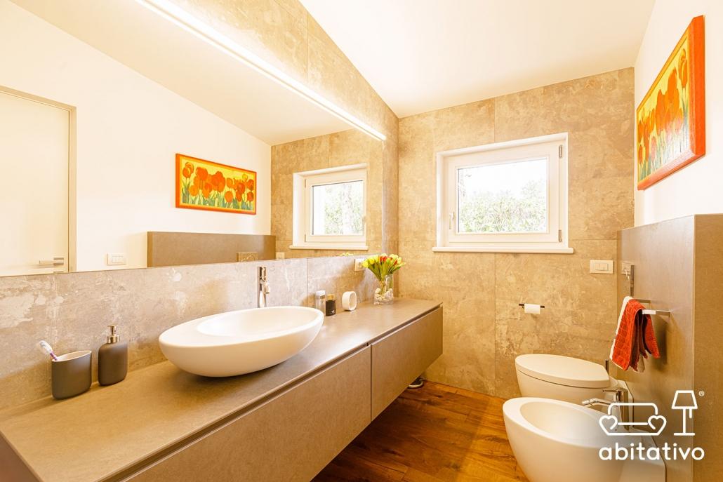 luci specchio bagno design
