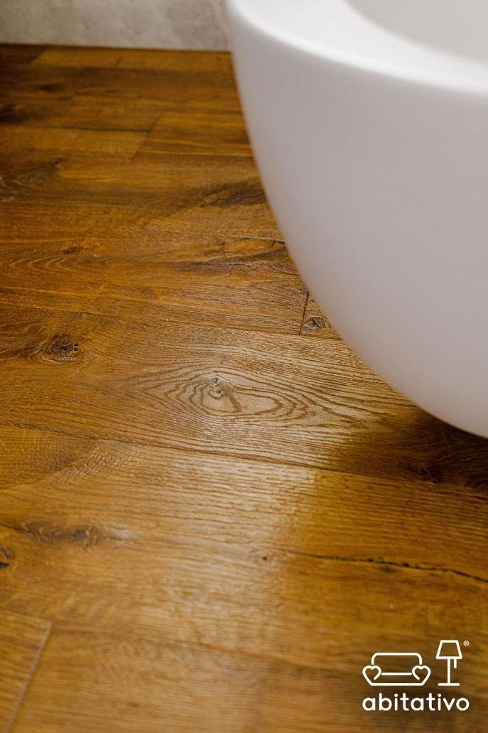 parquet legno per bagno