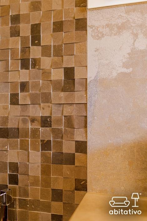 piastrelle mosaico parete doccia
