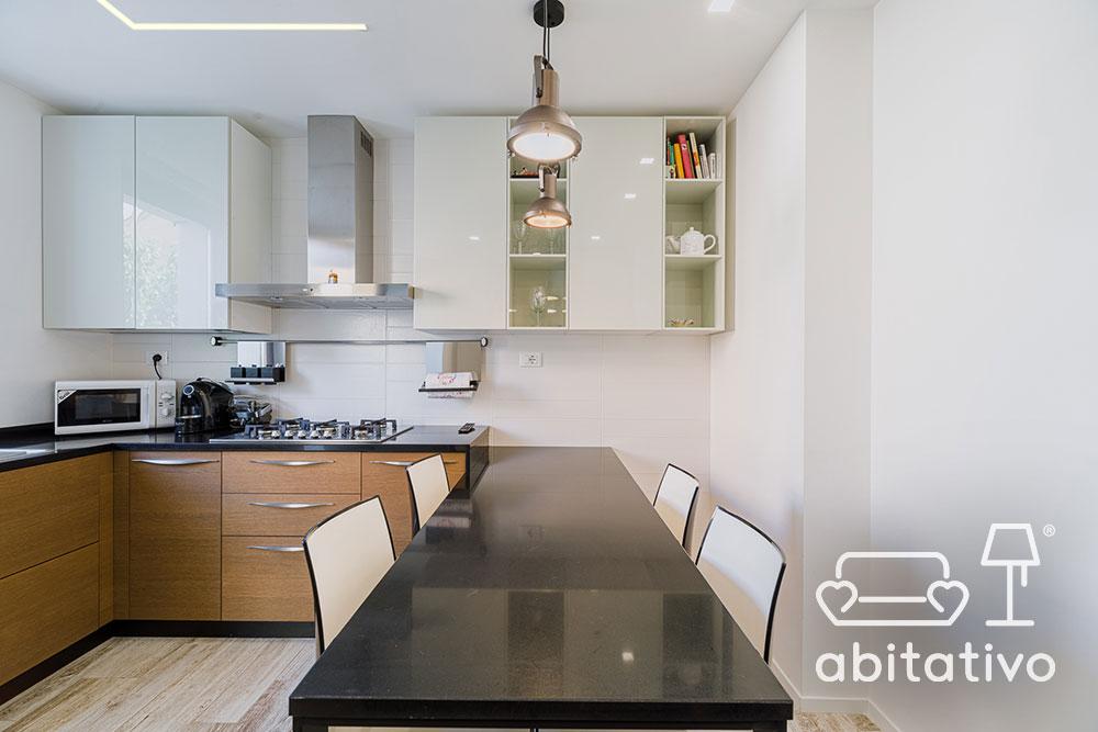 tavolo cucina nero lucido