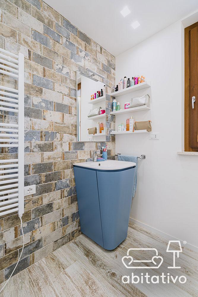 lavandino angolare bagno
