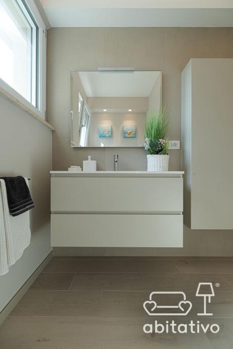 mobile bagno con cassetti sospeso