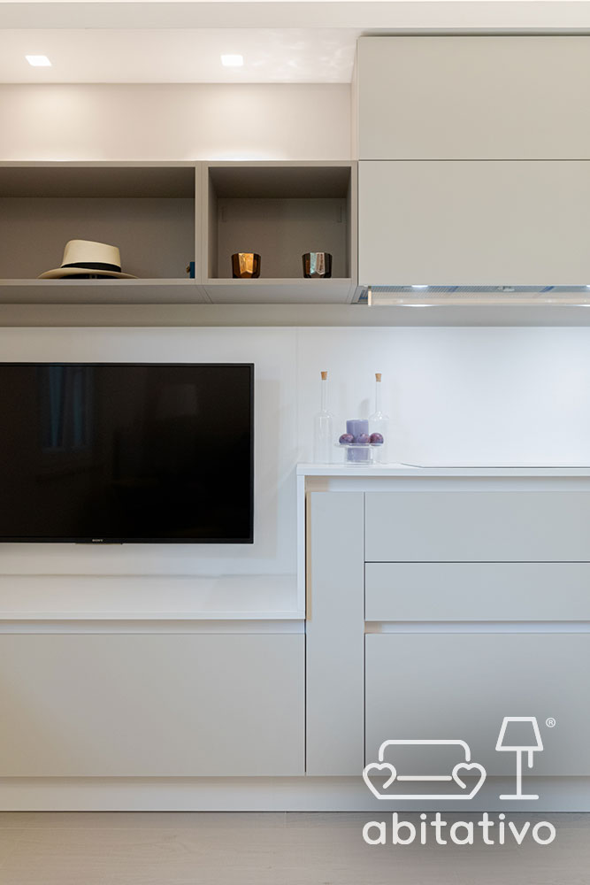 mobile unico cucina e soggiorno