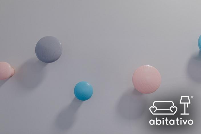 pomelli appendiabiti colorati