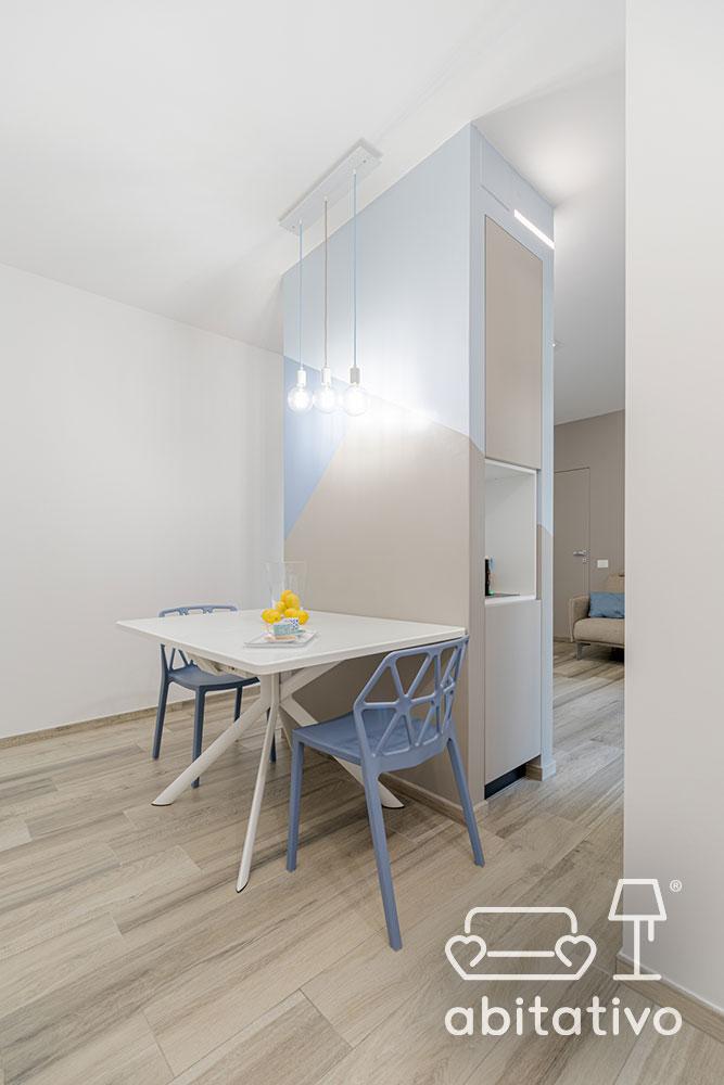 tavolino cucina con due sedie