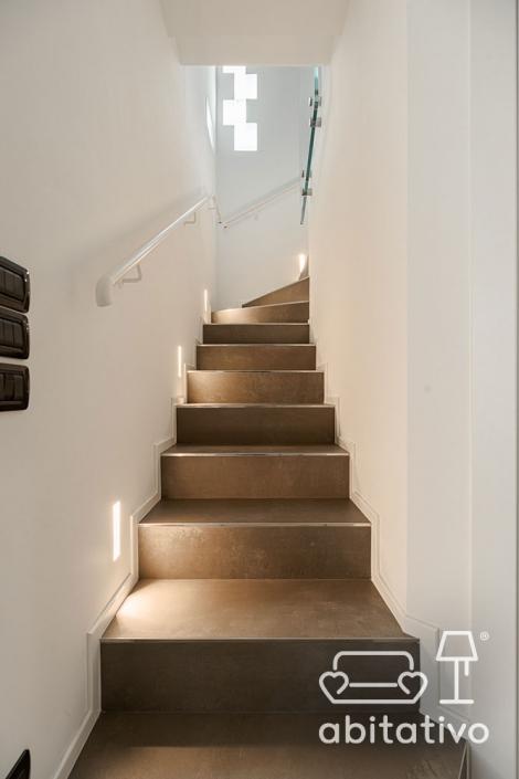 illuminazione scale scalini
