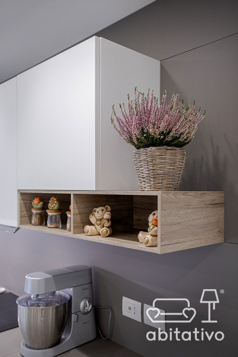 mensola in legno per mobile cucina