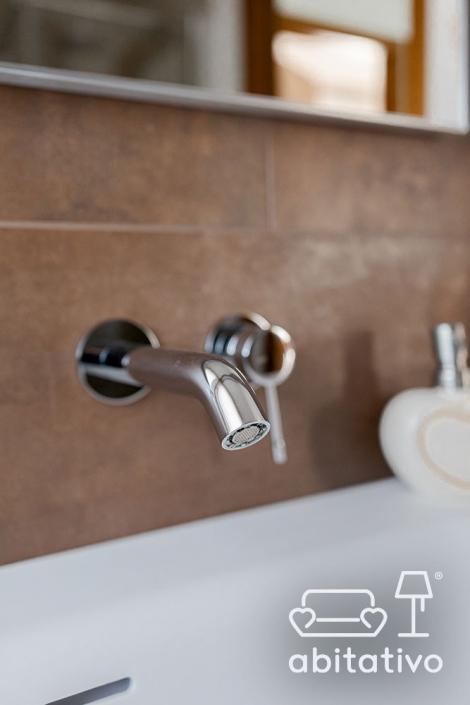 rubinetti moderni acciaio cromato