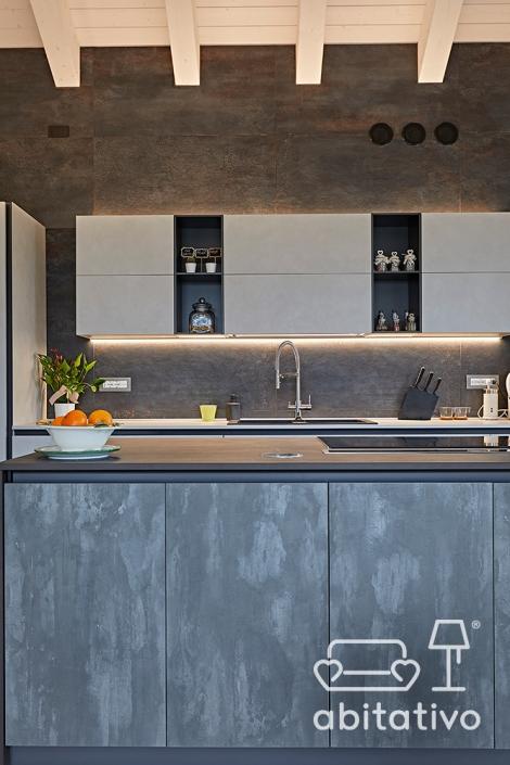 parete cucina grigio antracite
