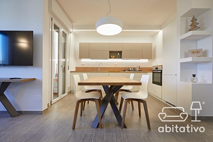 arredamento design bianco e legno
