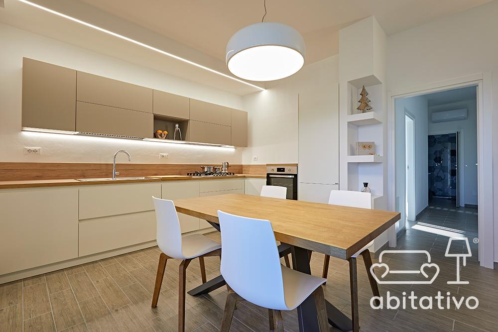 arredamento cucina nordica bianco e legno