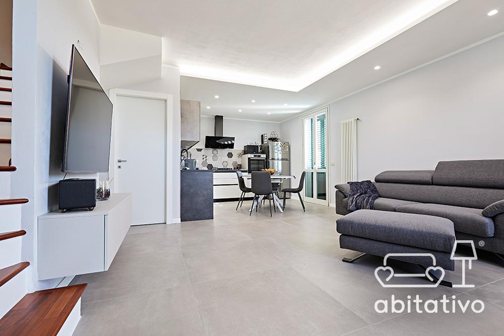 arredare zona living casa moderna