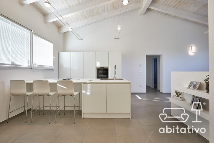 disposizione mobili cucina in open space