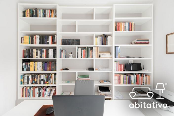 libreria a muro per studio