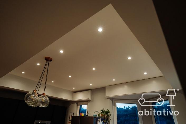 illuminazione cucina con faretti soffitto