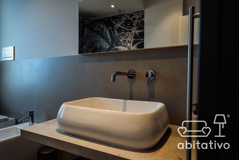mobile bagno con lavandino appoggio