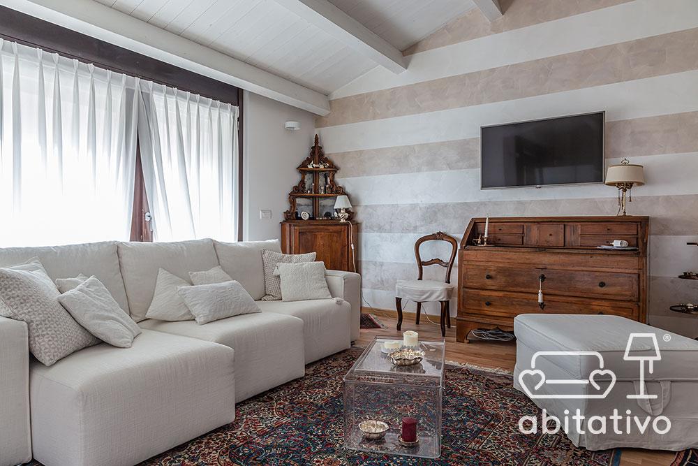soggiorno arredo moderno e antico