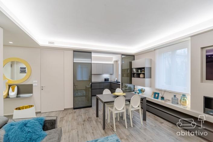 porta per dividere cucina e soggiorno