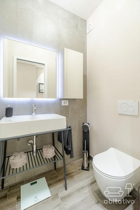 specchio bagno retroilluminato quadrato