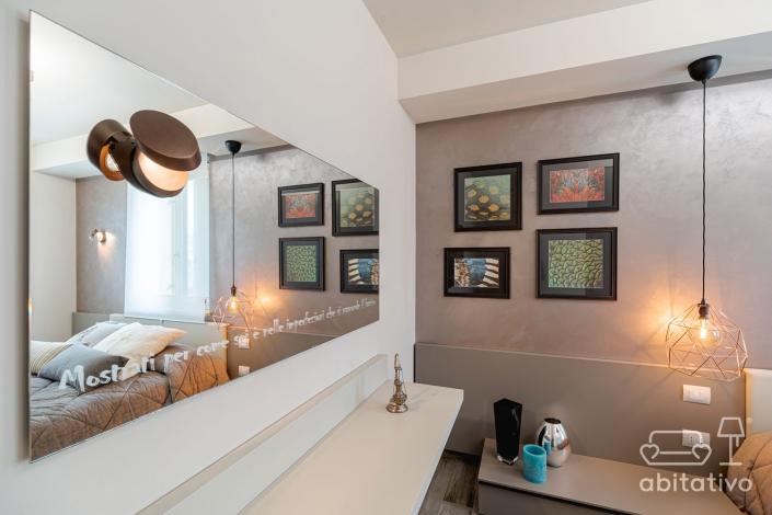 specchio per parete camera da letto